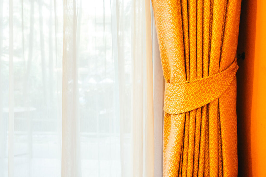 colores-apropiados-cortinas-1